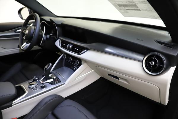 New 2021 Alfa Romeo Stelvio Ti Sport Q4 for sale $54,950 at Alfa Romeo of Westport in Westport CT 06880 22