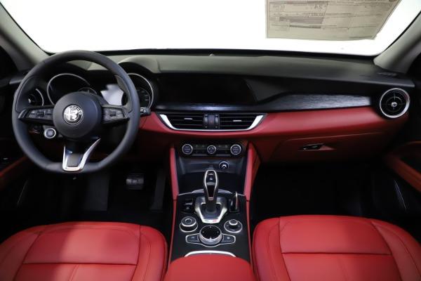 New 2021 Alfa Romeo Stelvio Q4 for sale $48,645 at Alfa Romeo of Westport in Westport CT 06880 15