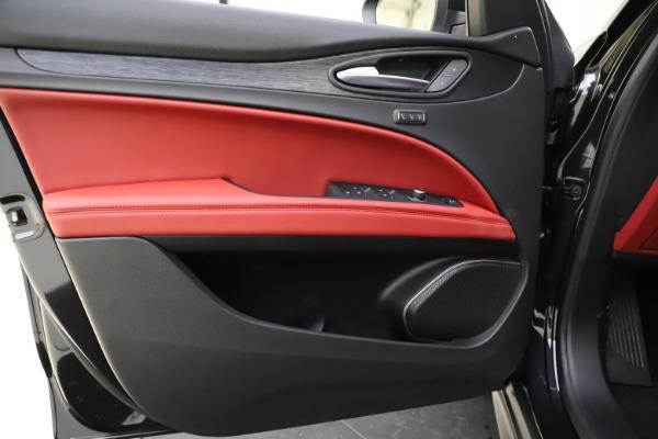 New 2021 Alfa Romeo Stelvio Q4 for sale $48,645 at Alfa Romeo of Westport in Westport CT 06880 16
