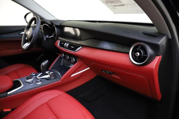 New 2021 Alfa Romeo Stelvio Q4 for sale $48,645 at Alfa Romeo of Westport in Westport CT 06880 21