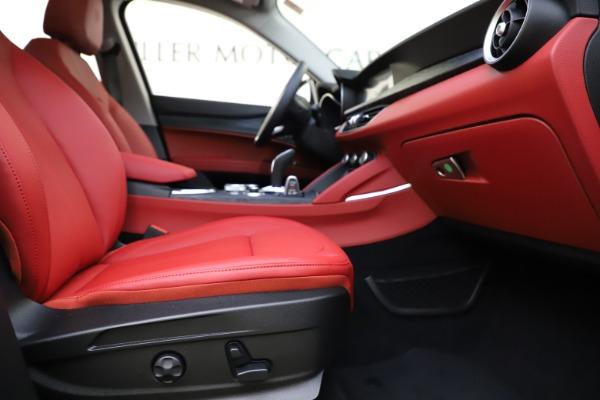New 2021 Alfa Romeo Stelvio Q4 for sale $48,645 at Alfa Romeo of Westport in Westport CT 06880 22