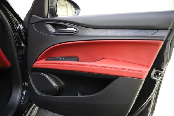 New 2021 Alfa Romeo Stelvio Q4 for sale $48,645 at Alfa Romeo of Westport in Westport CT 06880 24
