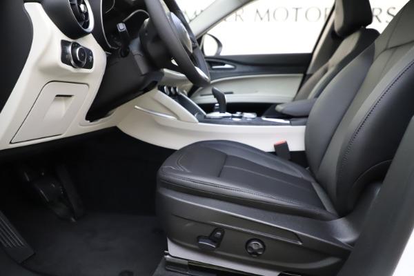 New 2021 Alfa Romeo Stelvio Q4 for sale $47,985 at Alfa Romeo of Westport in Westport CT 06880 14
