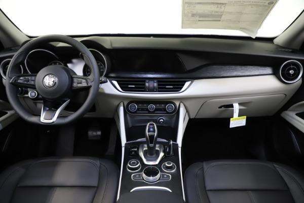 New 2021 Alfa Romeo Stelvio Q4 for sale $47,985 at Alfa Romeo of Westport in Westport CT 06880 16