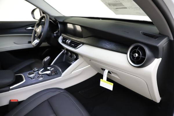 New 2021 Alfa Romeo Stelvio Q4 for sale $47,985 at Alfa Romeo of Westport in Westport CT 06880 22