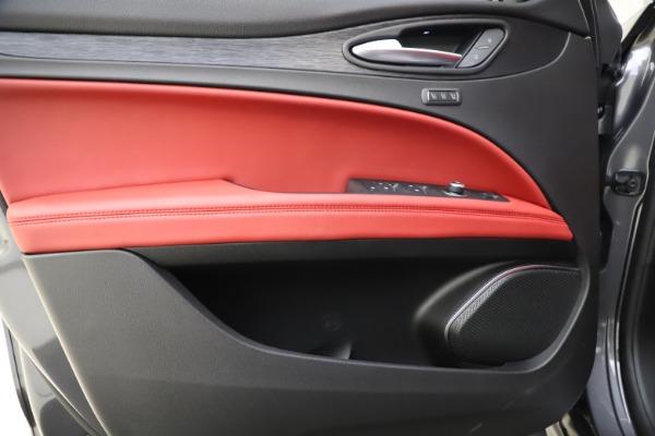 New 2021 Alfa Romeo Stelvio Q4 for sale $48,050 at Alfa Romeo of Westport in Westport CT 06880 17