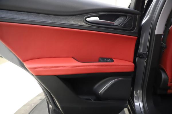 New 2021 Alfa Romeo Stelvio Q4 for sale $48,050 at Alfa Romeo of Westport in Westport CT 06880 21