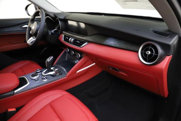 New 2021 Alfa Romeo Stelvio Q4 for sale $48,050 at Alfa Romeo of Westport in Westport CT 06880 22