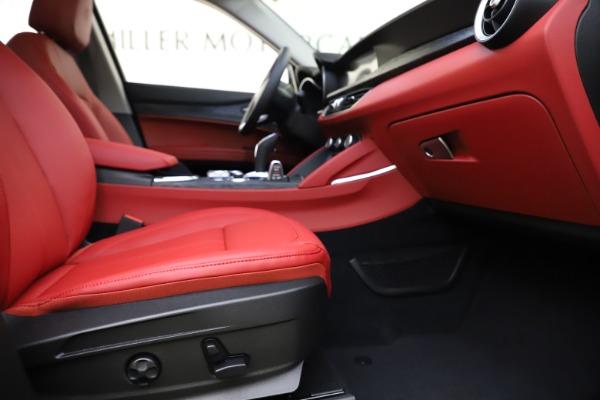 New 2021 Alfa Romeo Stelvio Q4 for sale $48,050 at Alfa Romeo of Westport in Westport CT 06880 23