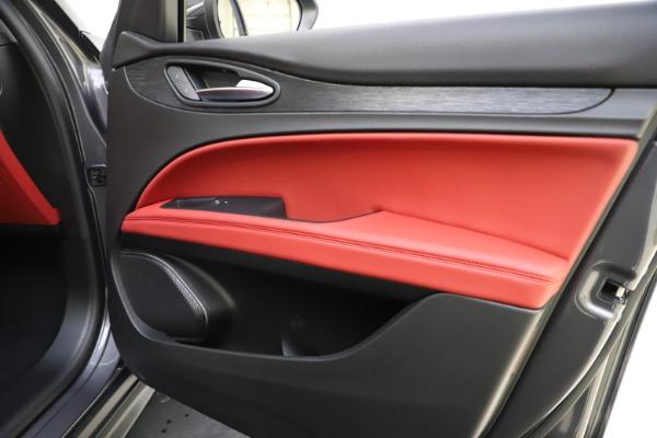 New 2021 Alfa Romeo Stelvio Q4 for sale $48,050 at Alfa Romeo of Westport in Westport CT 06880 25