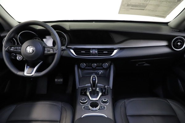 New 2021 Alfa Romeo Stelvio Ti Q4 for sale $55,900 at Alfa Romeo of Westport in Westport CT 06880 16