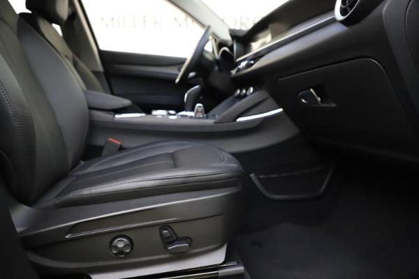 New 2021 Alfa Romeo Stelvio Ti Q4 for sale $55,900 at Alfa Romeo of Westport in Westport CT 06880 23