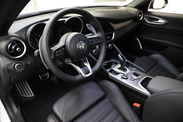 New 2021 Alfa Romeo Giulia Ti Sport for sale $52,940 at Alfa Romeo of Westport in Westport CT 06880 13