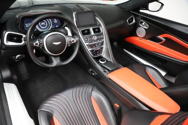 Used 2019 Aston Martin DB11 Volante Volante for sale $204,900 at Alfa Romeo of Westport in Westport CT 06880 13