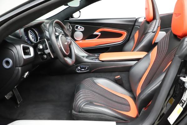 Used 2019 Aston Martin DB11 Volante Volante for sale $204,900 at Alfa Romeo of Westport in Westport CT 06880 14