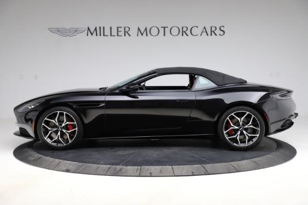 Used 2019 Aston Martin DB11 Volante Volante for sale $204,900 at Alfa Romeo of Westport in Westport CT 06880 24