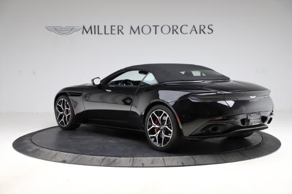 Used 2019 Aston Martin DB11 Volante Volante for sale $204,900 at Alfa Romeo of Westport in Westport CT 06880 25