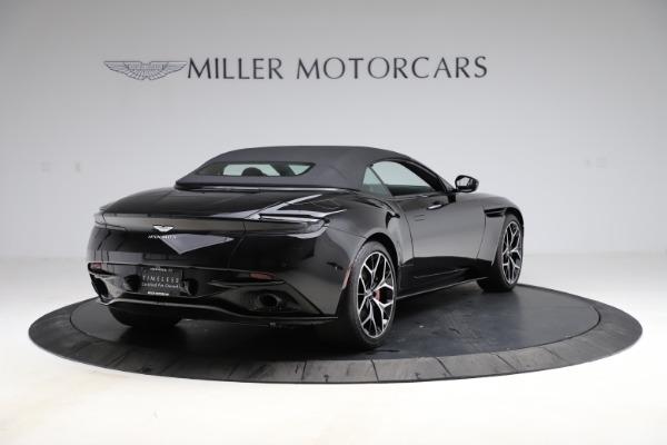 Used 2019 Aston Martin DB11 Volante Volante for sale $204,900 at Alfa Romeo of Westport in Westport CT 06880 26