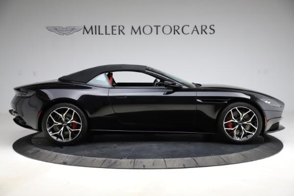 Used 2019 Aston Martin DB11 Volante Volante for sale $204,900 at Alfa Romeo of Westport in Westport CT 06880 27