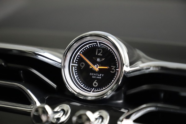 New 2021 Bentley Bentayga V8 for sale Call for price at Alfa Romeo of Westport in Westport CT 06880 27