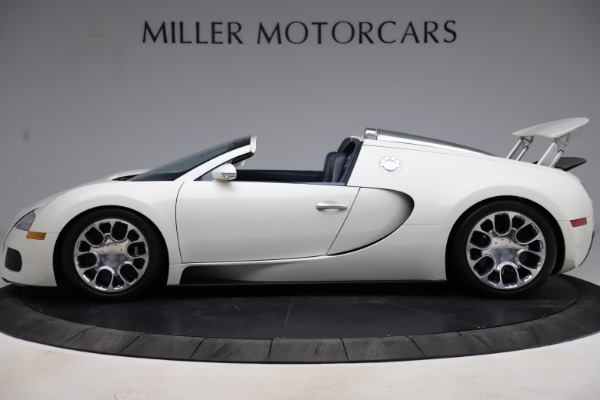 Used 2010 Bugatti Veyron 16.4 Grand Sport for sale Call for price at Alfa Romeo of Westport in Westport CT 06880 3