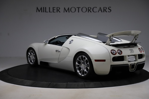 Used 2010 Bugatti Veyron 16.4 Grand Sport for sale Call for price at Alfa Romeo of Westport in Westport CT 06880 5