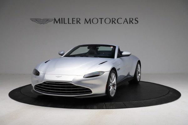 New 2021 Aston Martin Vantage Roadster for sale $184,286 at Alfa Romeo of Westport in Westport CT 06880 12