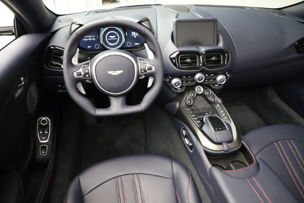 New 2021 Aston Martin Vantage Roadster for sale $184,286 at Alfa Romeo of Westport in Westport CT 06880 13