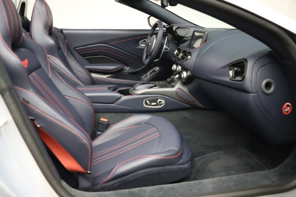 New 2021 Aston Martin Vantage Roadster for sale $184,286 at Alfa Romeo of Westport in Westport CT 06880 19