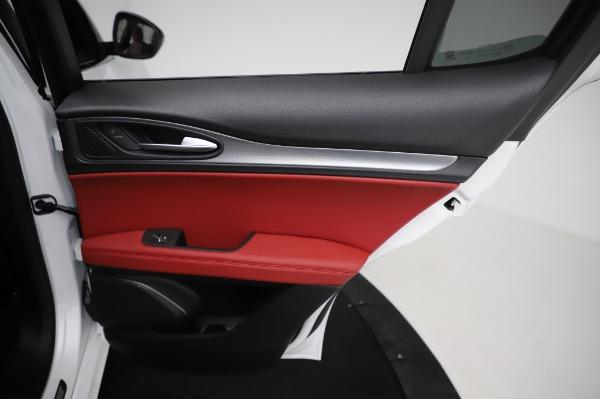 New 2021 Alfa Romeo Stelvio Ti Sport Q4 for sale Sold at Alfa Romeo of Westport in Westport CT 06880 27