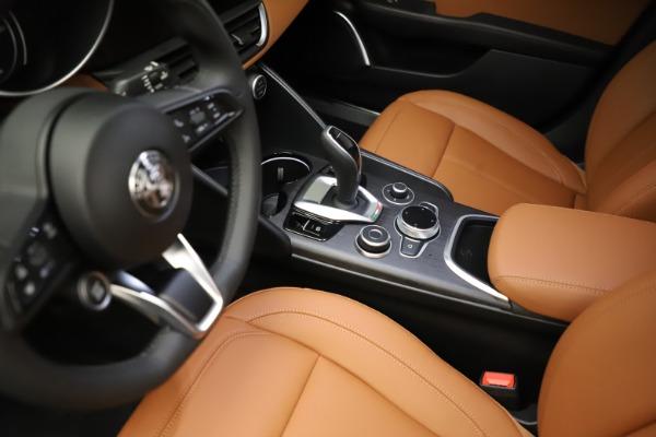 New 2021 Alfa Romeo Giulia Ti Q4 for sale $51,350 at Alfa Romeo of Westport in Westport CT 06880 17