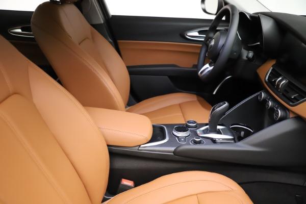 New 2021 Alfa Romeo Giulia Ti Q4 for sale $51,350 at Alfa Romeo of Westport in Westport CT 06880 23