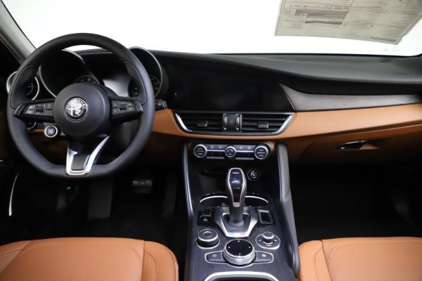 New 2021 Alfa Romeo Giulia Ti Q4 for sale $51,350 at Alfa Romeo of Westport in Westport CT 06880 28