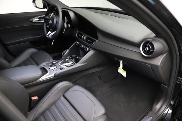 New 2021 Alfa Romeo Giulia Ti Sport Q4 for sale $53,850 at Alfa Romeo of Westport in Westport CT 06880 19