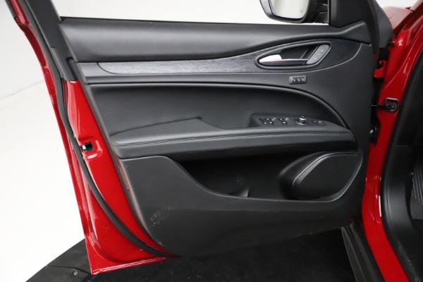 New 2021 Alfa Romeo Stelvio Q4 for sale $50,535 at Alfa Romeo of Westport in Westport CT 06880 18