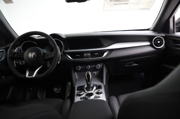 New 2021 Alfa Romeo Stelvio Ti Sport Q4 for sale $57,595 at Alfa Romeo of Westport in Westport CT 06880 16