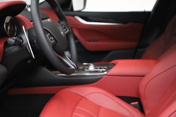 New 2021 Maserati Levante S Q4 GranSport for sale $105,835 at Alfa Romeo of Westport in Westport CT 06880 15