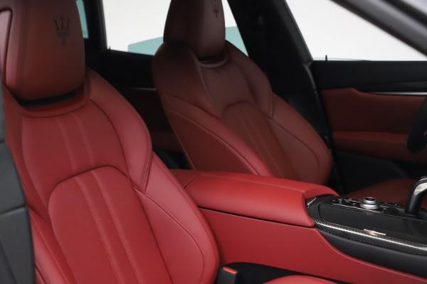 New 2021 Maserati Levante S Q4 GranSport for sale $105,835 at Alfa Romeo of Westport in Westport CT 06880 19