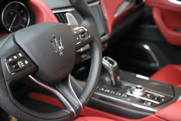 New 2021 Maserati Levante S Q4 GranSport for sale $105,835 at Alfa Romeo of Westport in Westport CT 06880 21