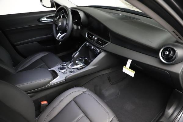 New 2021 Alfa Romeo Giulia Q4 for sale $46,895 at Alfa Romeo of Westport in Westport CT 06880 19