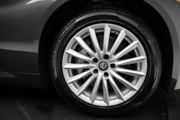New 2021 Alfa Romeo Giulia Q4 for sale $46,895 at Alfa Romeo of Westport in Westport CT 06880 25