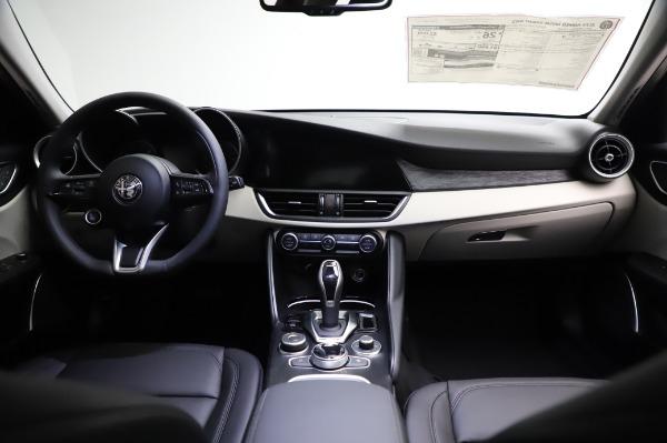 New 2021 Alfa Romeo Giulia Q4 for sale $46,895 at Alfa Romeo of Westport in Westport CT 06880 16