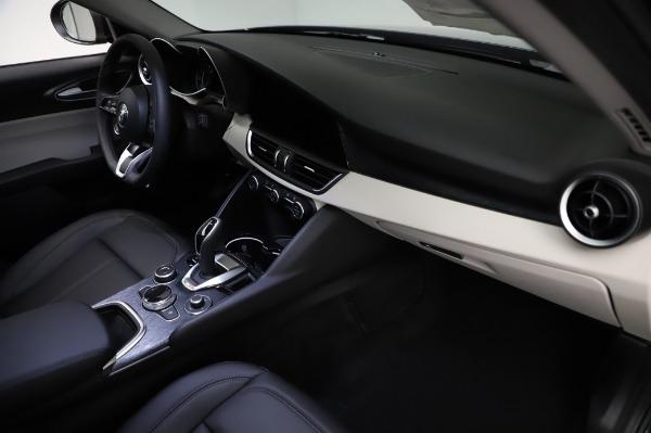 New 2021 Alfa Romeo Giulia Q4 for sale $46,895 at Alfa Romeo of Westport in Westport CT 06880 22