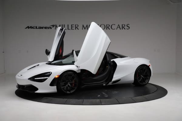 Used 2020 McLaren 720S Spider for sale Sold at Alfa Romeo of Westport in Westport CT 06880 24