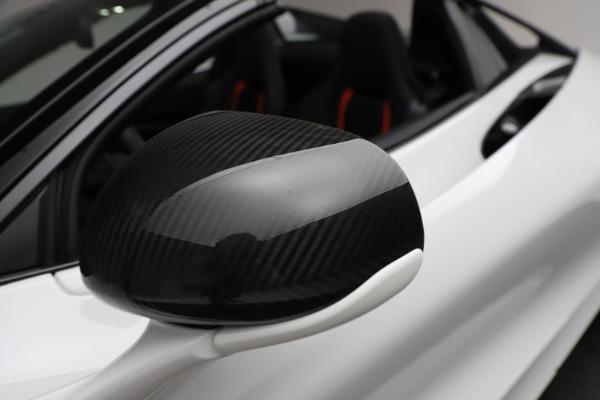 Used 2020 McLaren 720S Spider for sale Sold at Alfa Romeo of Westport in Westport CT 06880 27