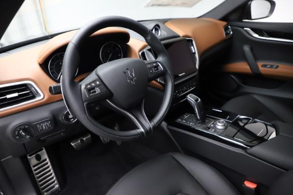 New 2021 Maserati Ghibli S Q4 for sale $90,525 at Alfa Romeo of Westport in Westport CT 06880 13