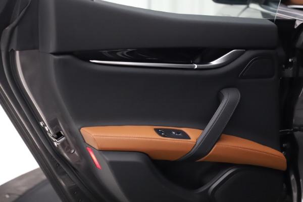 New 2021 Maserati Ghibli S Q4 for sale $90,525 at Alfa Romeo of Westport in Westport CT 06880 21