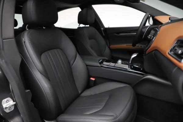New 2021 Maserati Ghibli S Q4 for sale $90,525 at Alfa Romeo of Westport in Westport CT 06880 24