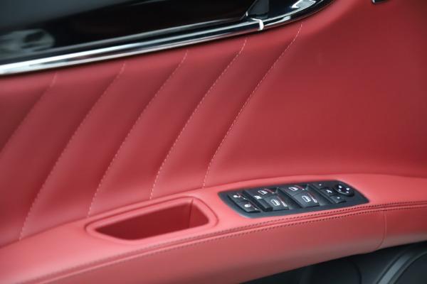 New 2021 Maserati Quattroporte S Q4 GranLusso for sale $122,349 at Alfa Romeo of Westport in Westport CT 06880 10