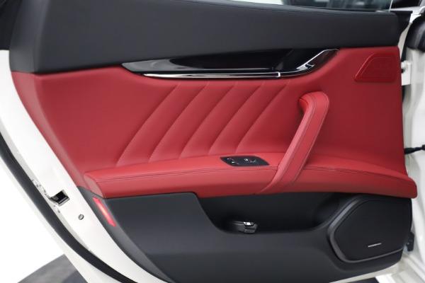 New 2021 Maserati Quattroporte S Q4 GranLusso for sale $122,349 at Alfa Romeo of Westport in Westport CT 06880 19
